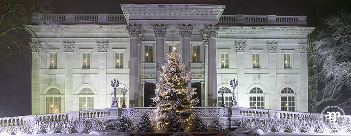 christmas newport mansions