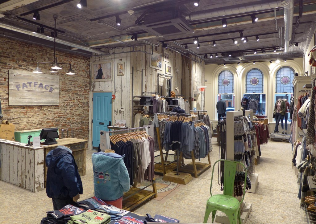 Newport Rhode Island shopping is one of the many reasons the