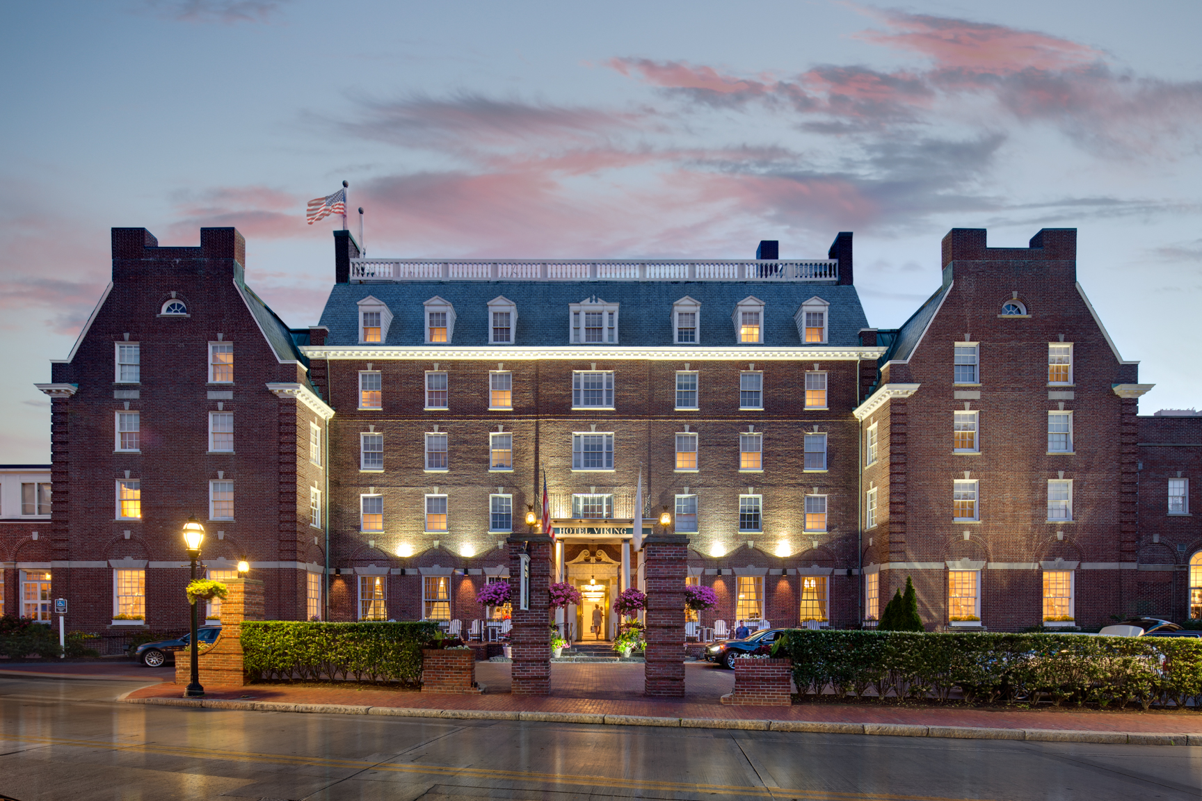Hotel Viking Recognized With Condé Nast Traveler S 2017 Readers Choice Award In Top Hotels New England