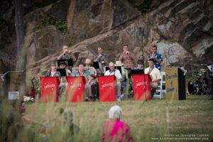 Jenkins Construction presents The Larry Brown Swinglane Orchestra @ Ballard Park |  |  |